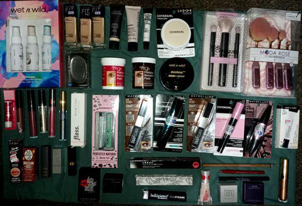 Huge❗Brand New Makeup Lot (55 total pieces)