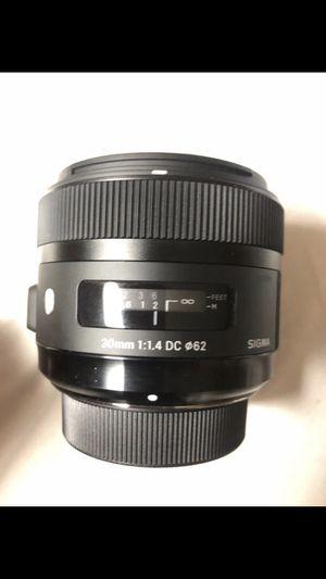 Sigma - 30mm f/1.4 DC HSM A Digital Prime Lens for Select Nikon DSLR Cameras - Black for Sale in Queens, NY
