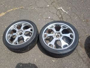 "Chrome( Universal )""22""inch wheels and tires for Sale in Piscataway Township, NJ"