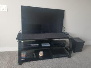 TV Stand w/ 2 shelves for Sale in Atlanta, GA
