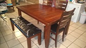 Dining Table , With Chairs for Sale in Hutto, TX