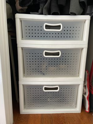 5 storage bin drawers for Sale in New York, NY