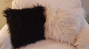 2 fluffy pillows for Sale in Chattanooga, TN