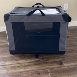 Small/medium Dog Kennel for Sale in Des Moines,  WA