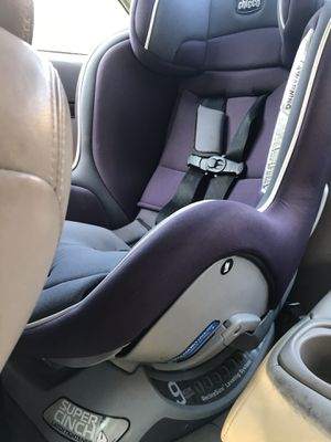 Chicco super cinch car seat for Sale in Columbus, OH