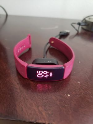 Fitbit inspire HR - pink for Sale in Tampa, FL
