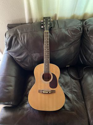 Guitar missing one string for Sale in Tijuana, MX