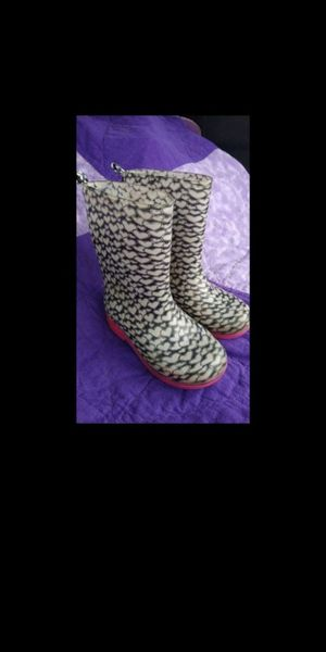 Kids Girls Rain boots heart design sz 12/13 for Sale in Olympia, WA