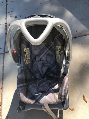 Free baby car seat !! 👶 for Sale in Eastvale, CA