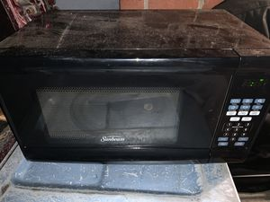 Sunbeam microwave for Sale in Monterey Park, CA