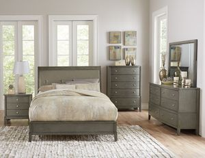 (Brand New In Boxes) Queen Size Gray Tuft Bedroom Set for Sale in Atlanta, GA