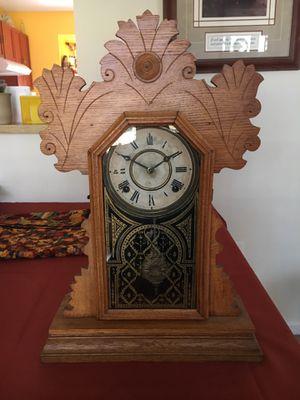 Antique Ingraham Mantel clock for Sale in Springfield, VA