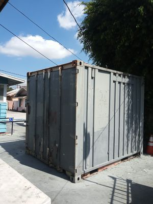 Metal container 1700 o,b,o for Sale in Los Angeles, CA