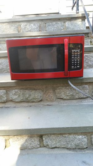 Microwave in good working condition for Sale in Trumbull, CT