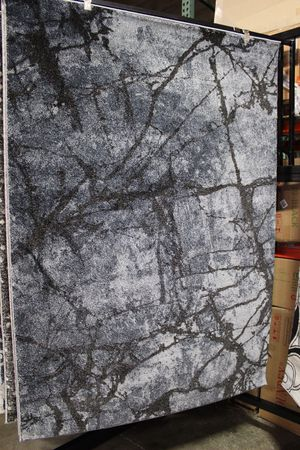 5 x 7 Area Rug, CHARCOAL for Sale in Santa Fe Springs, CA