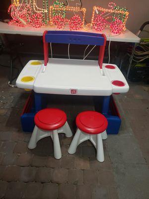 Step Up Kids desk for Sale in Las Vegas, NV