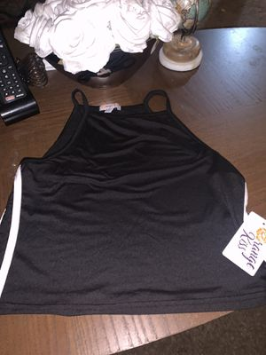 Cute black and white crop top for Sale in Richmond, CA