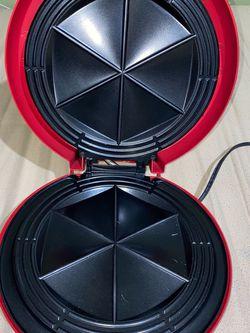Salton Santa Fe 12' Quick Quesadilla Maker Grill QM2SFR Non Stick 900 Watt 7.A2 for Sale in South El Monte,  CA