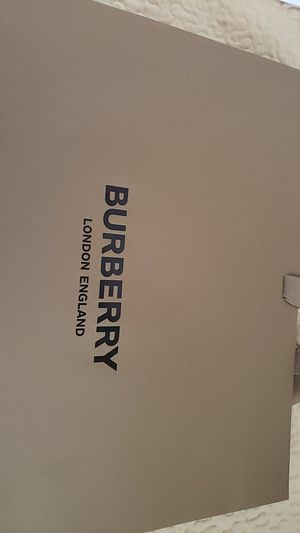 Burberry empty bag for Sale in Buena Park, CA
