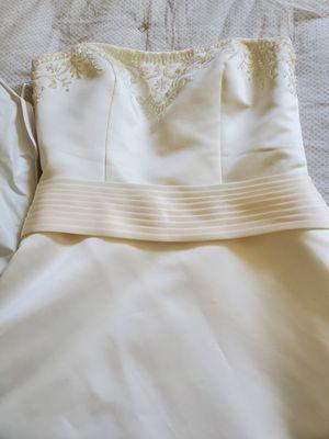 Ivory wedding dress for Sale in Cincinnati, OH
