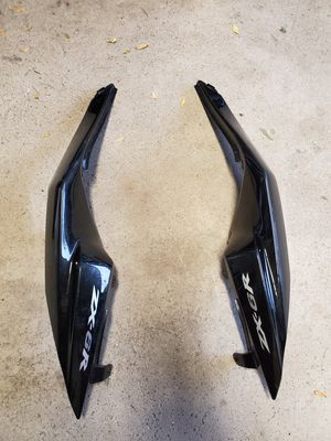2009-2012 zx6r tail side fairings for Sale in West Chicago, IL