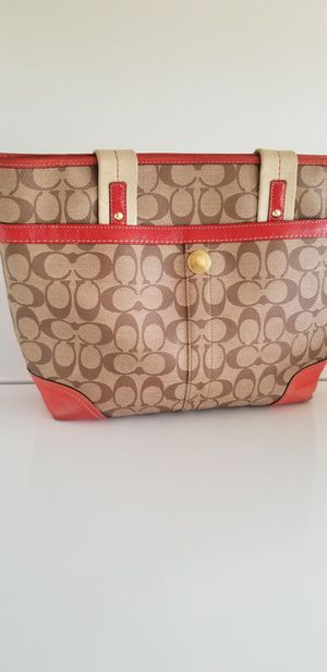 Coach purse for Sale in Baytown, TX