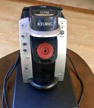 Keurig single brewer for Sale in Cleveland, OH