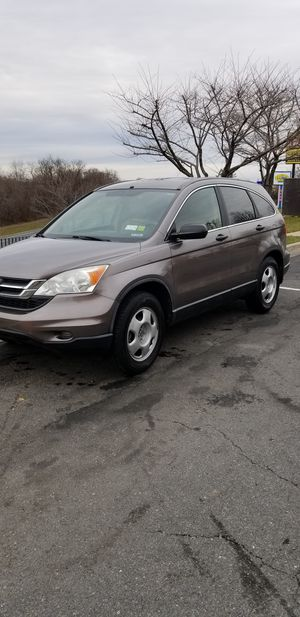 HONDA CRV , AÑO 2,010 CON 160 MIL MILLAS, TRABAJA AL 100% SIN NINGUN PROBLEMA, TITULO LIMPIO for Sale in Germantown, MD