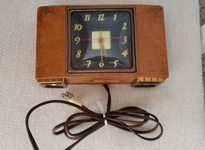 Antique Wooden Table Clock GE for Sale in San Diego, CA