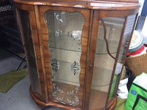 Antique Curved Front Glass and Wood Locking Display Curio Cabinet Case for Sale in Seattle, WA