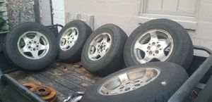 Jeep wheels and tires for Sale in Meriden, CT