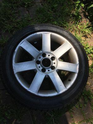 Tire 225 50 17 Sumitomo + Rim for all BMW e46 in great condition for Sale in Annandale, VA
