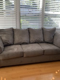 Grey Sleeper Sofa (Full) for Sale in Orlando,  FL