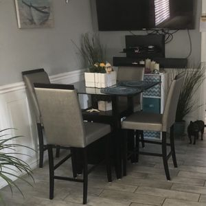 Table And chair set for Sale in National City, CA