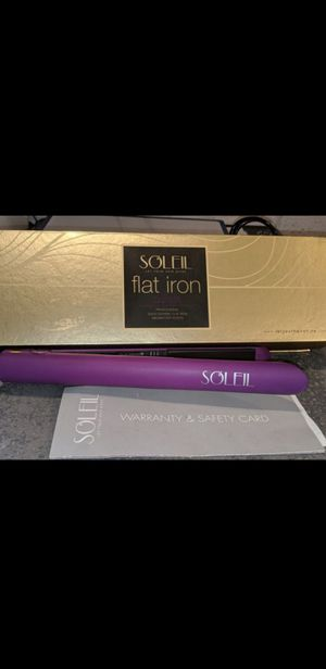 SOLEIL hair straightener *REDUCED TO SELL* for Sale in Glendale, AZ