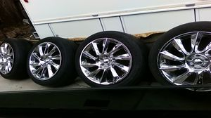 20 inch 5 lug chrome rims for Sale in West Valley City, UT