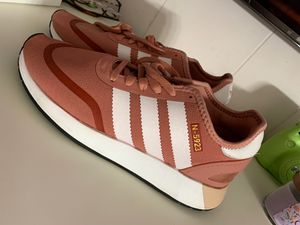 Adidas women's shoes for Sale in Phoenix, AZ