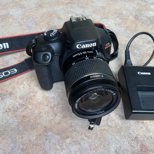 Like New Canon EOS T100 Camera Body W/ 18-55mm Lens- FIRM PRICE for Sale in Anaheim, CA