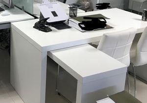 Beautiful L shape Desk for Sale in Miami, FL