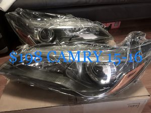 Headlights 2015-16 TOYOTA Camry for Sale in Santa Ana, CA