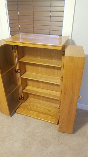 Cd/dvd cabinet for Sale in Tampa, FL