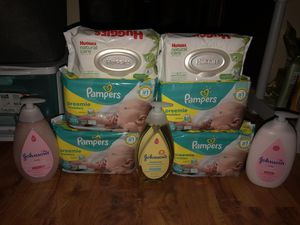Pampers diapers for Sale in Willoughby, OH