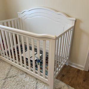 Delta Convertible Crib for Sale in Clifton, NJ