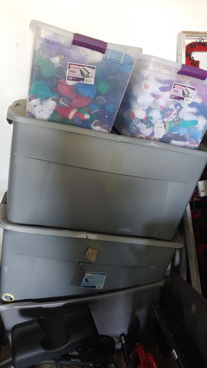 5 tubs full of beanie babies too many to list over 1500 for Sale in Sebring, FL