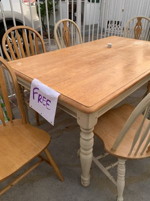 FREE - Dining table and 6 chairs for Sale in Los Angeles, CA