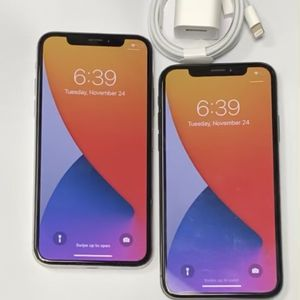 Factory unlocked apple iphone X 64 gb, store warranty! $360 each for Sale in Boston, MA