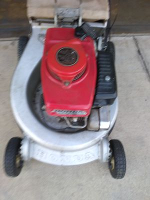 Honda lawn mower comercial for Sale in Hacienda Heights, CA