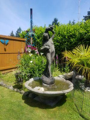 Della Rose fountain for Sale in Federal Way, WA