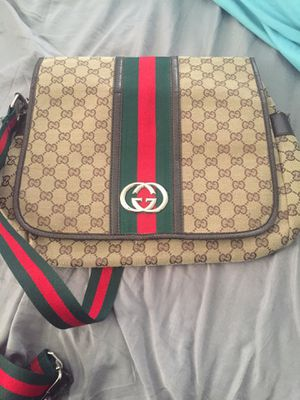 Gucci bag for sale! for Sale in St. Louis, MO