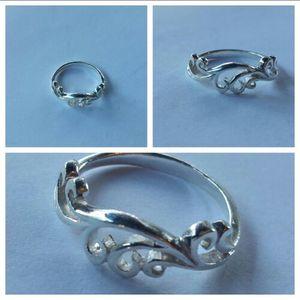 Swirl Ring for Sale in Leavenworth, WA